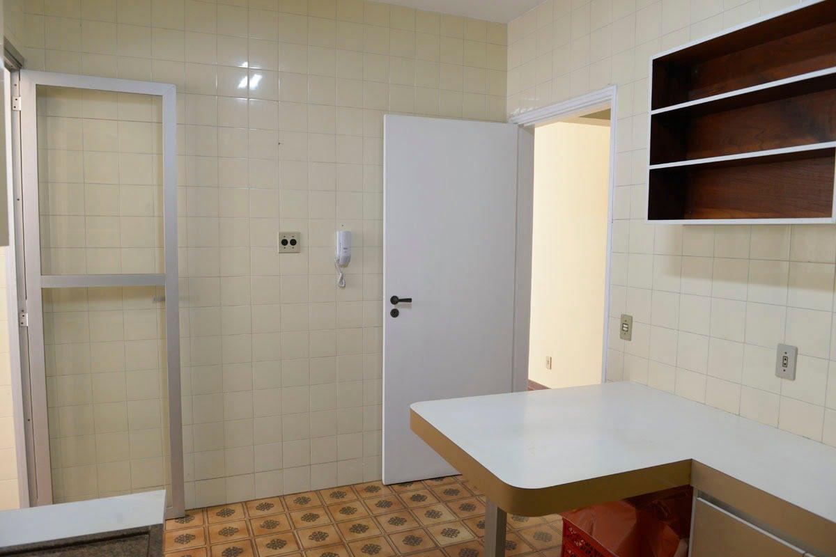 Amplo apartamento Boqueirão ( canal 4) de 1 dormitório com uma área interna de 61,m². - foto 5