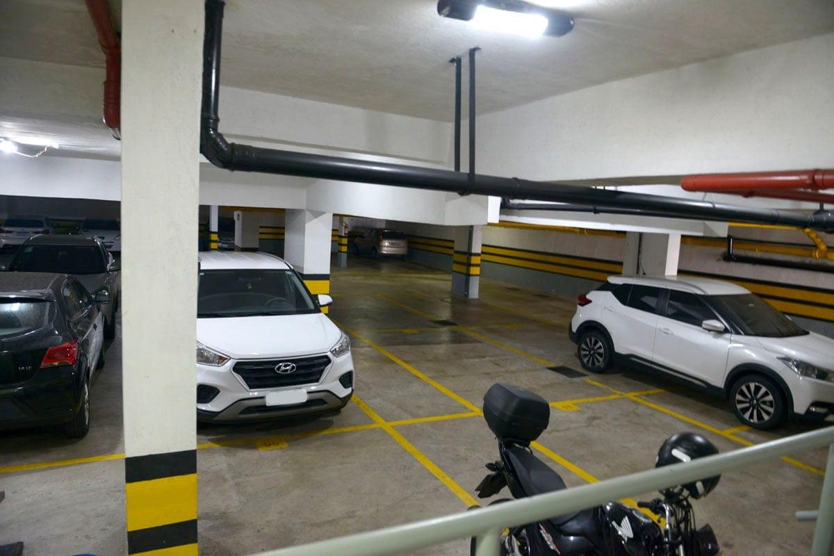 Amplo apartamento Boqueirão ( canal 4) de 1 dormitório com uma área interna de 61,m². - foto 3