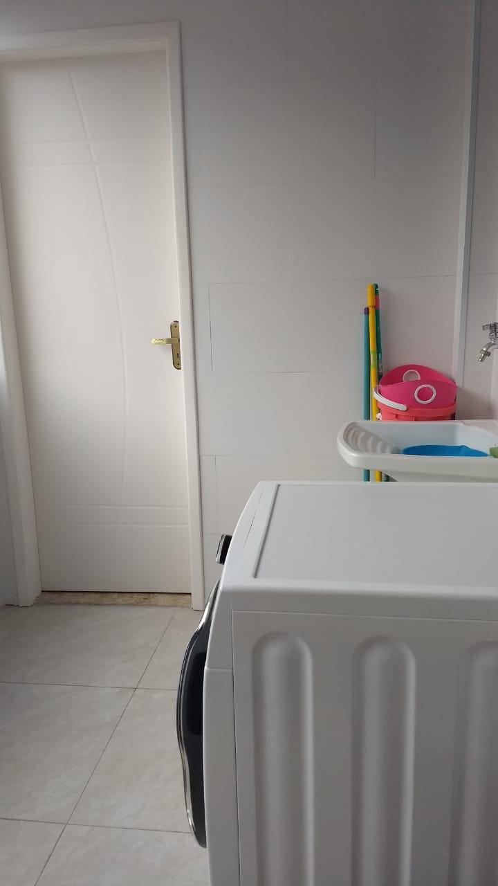 Boqueirão em Santos vendo apartamento todo reformado com 3 dormitórios sendo 2 suítes. - foto 16