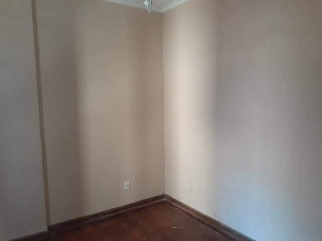 Ótimo apartamento 2 dormitórios,vila matias em Santos com sala para 2 ambientes com sacada. - foto 8