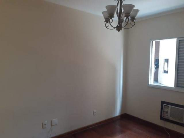 Ótimo apartamento 2 dormitórios,vila matias em Santos com sala para 2 ambientes com sacada. - foto 7