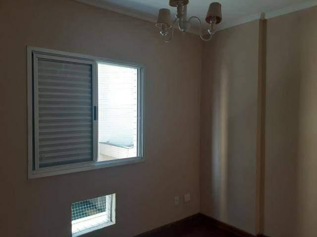 Ótimo apartamento 2 dormitórios,vila matias em Santos com sala para 2 ambientes com sacada. - foto 6