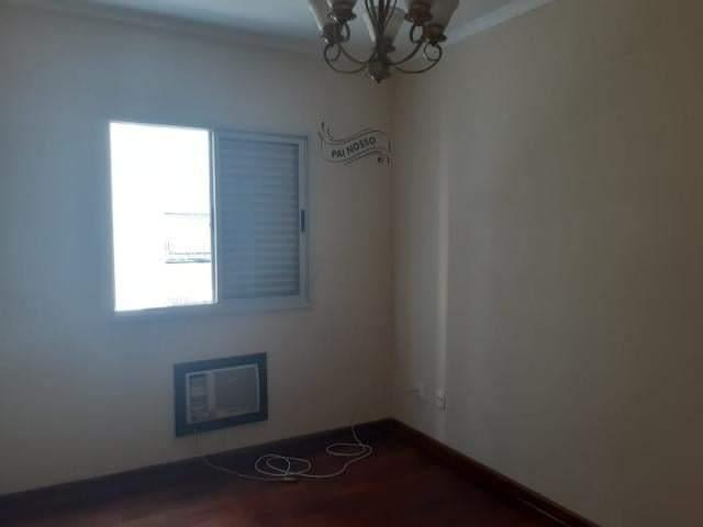 Ótimo apartamento 2 dormitórios,vila matias em Santos com sala para 2 ambientes com sacada. - foto 5