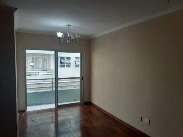 Ótimo apartamento 2 dormitórios,vila matias em Santos com sala para 2 ambientes com sacada. - foto 11