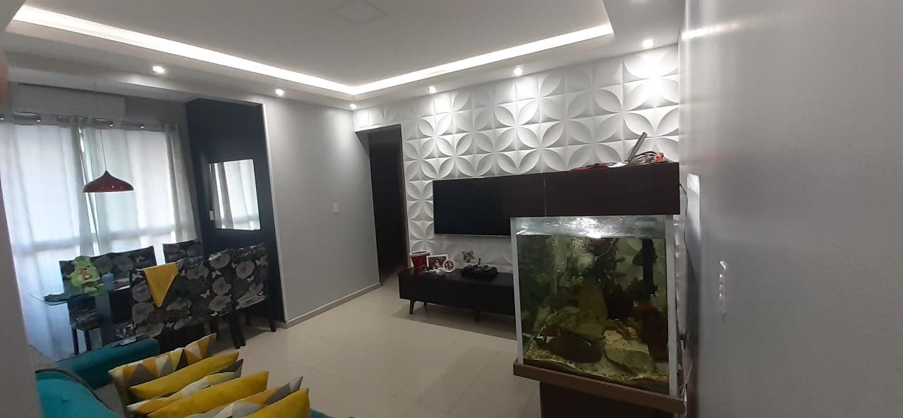 Apartamento no  Macuco com sala ampla com sacada e atende 2 ambientes 2 dormitorios sendo 1 suite. - foto 8