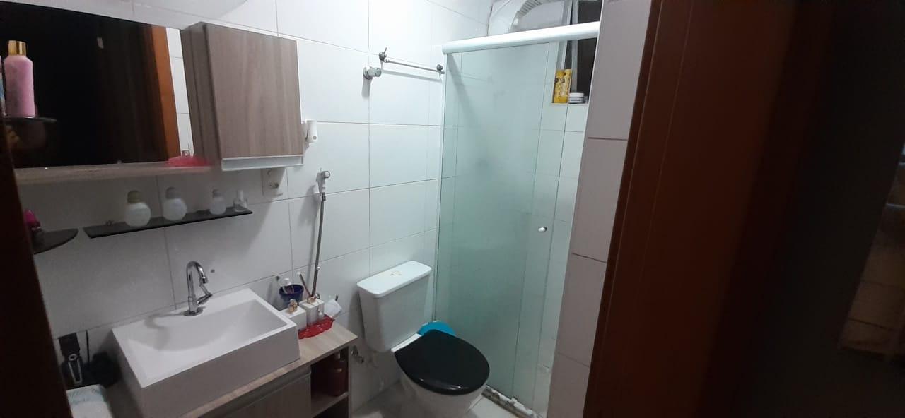 Apartamento no  Macuco com sala ampla com sacada e atende 2 ambientes 2 dormitorios sendo 1 suite. - foto 5