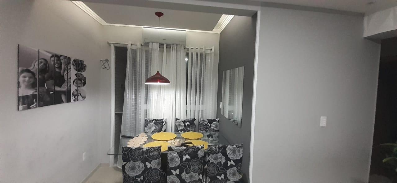 Apartamento no  Macuco com sala ampla com sacada e atende 2 ambientes 2 dormitorios sendo 1 suite. - foto 2