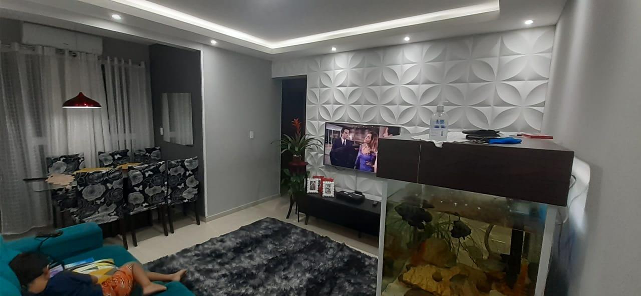 Apartamento no  Macuco com sala ampla com sacada e atende 2 ambientes 2 dormitorios sendo 1 suite. - foto 1
