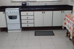 2 dormitórios com 1 suite, está localizado no Bairro Aparecida em Santos.