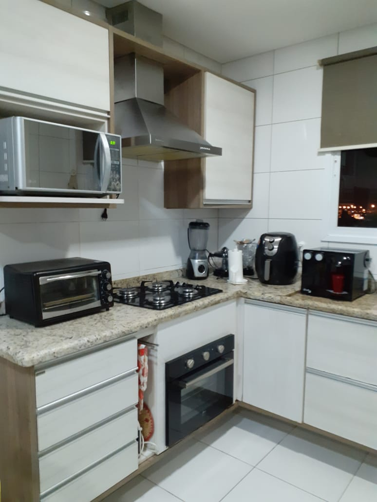 Ótimo apartamento no bairro da Aparecida com 3 suítes com armários , sala ampla 2 ambientes. - foto 27