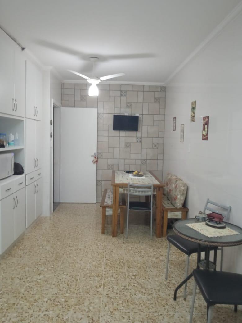 Ponta da praia apartamento de Frente com 3 dormitórios com armários embutidos, sendo 1 suíte. - foto 10