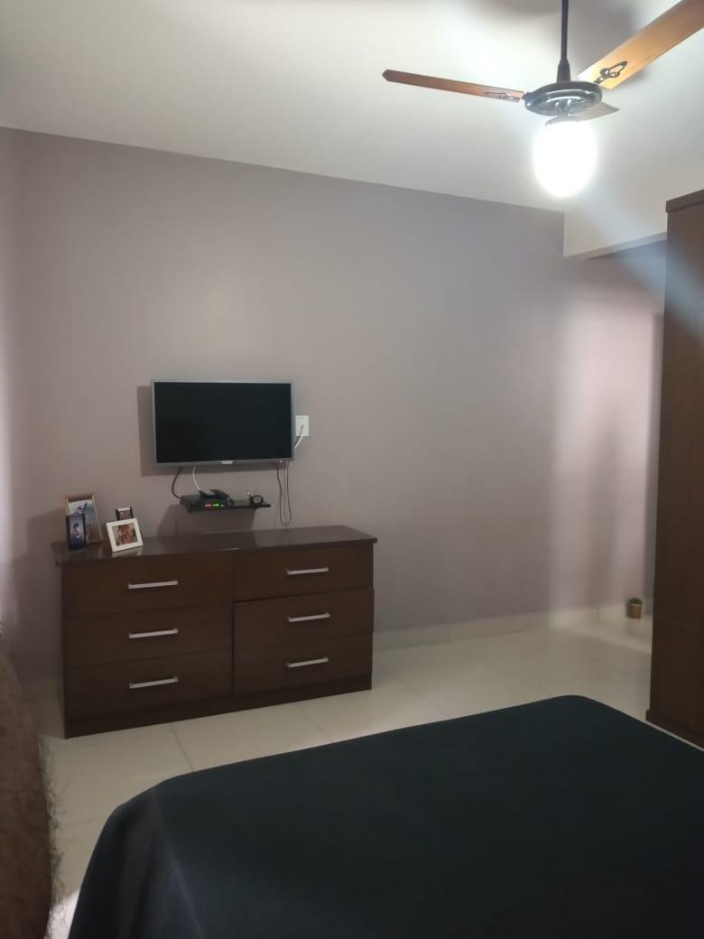 Ponta da praia apartamento de Frente com 3 dormitórios com armários embutidos, sendo 1 suíte. - foto 7