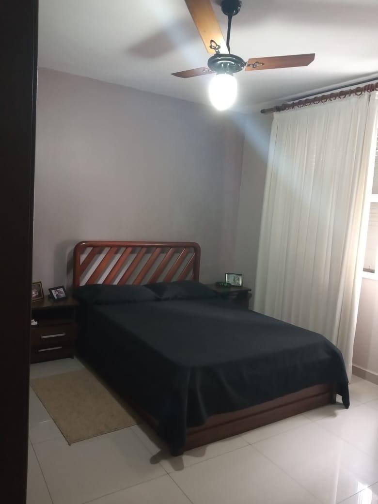 Ponta da praia apartamento de Frente com 3 dormitórios com armários embutidos, sendo 1 suíte. - foto 5