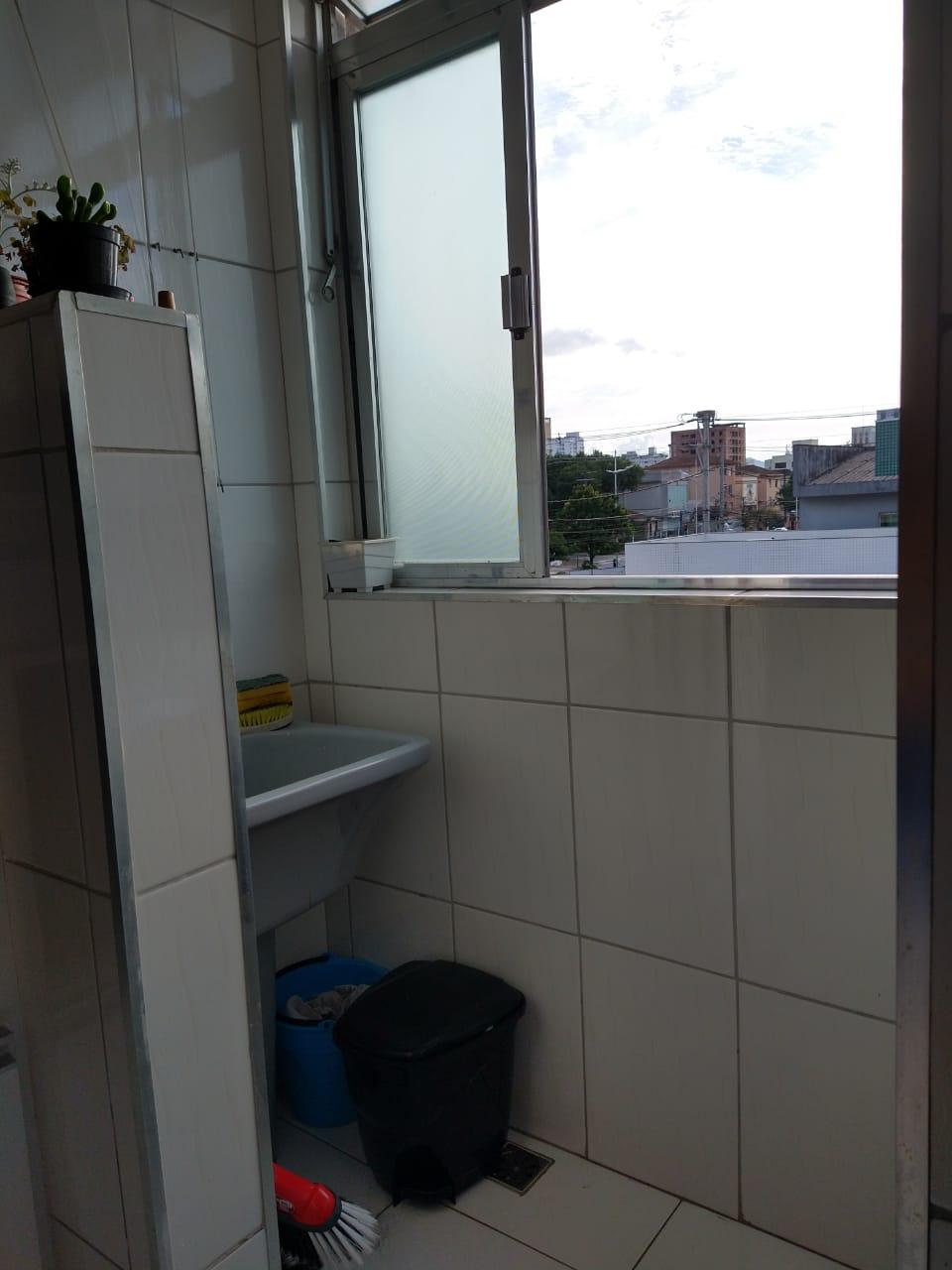 próximo ao canal 5 em prédio de 3 andares , bom apartamento totalmente reformado com 2 dormitórios . - foto 14