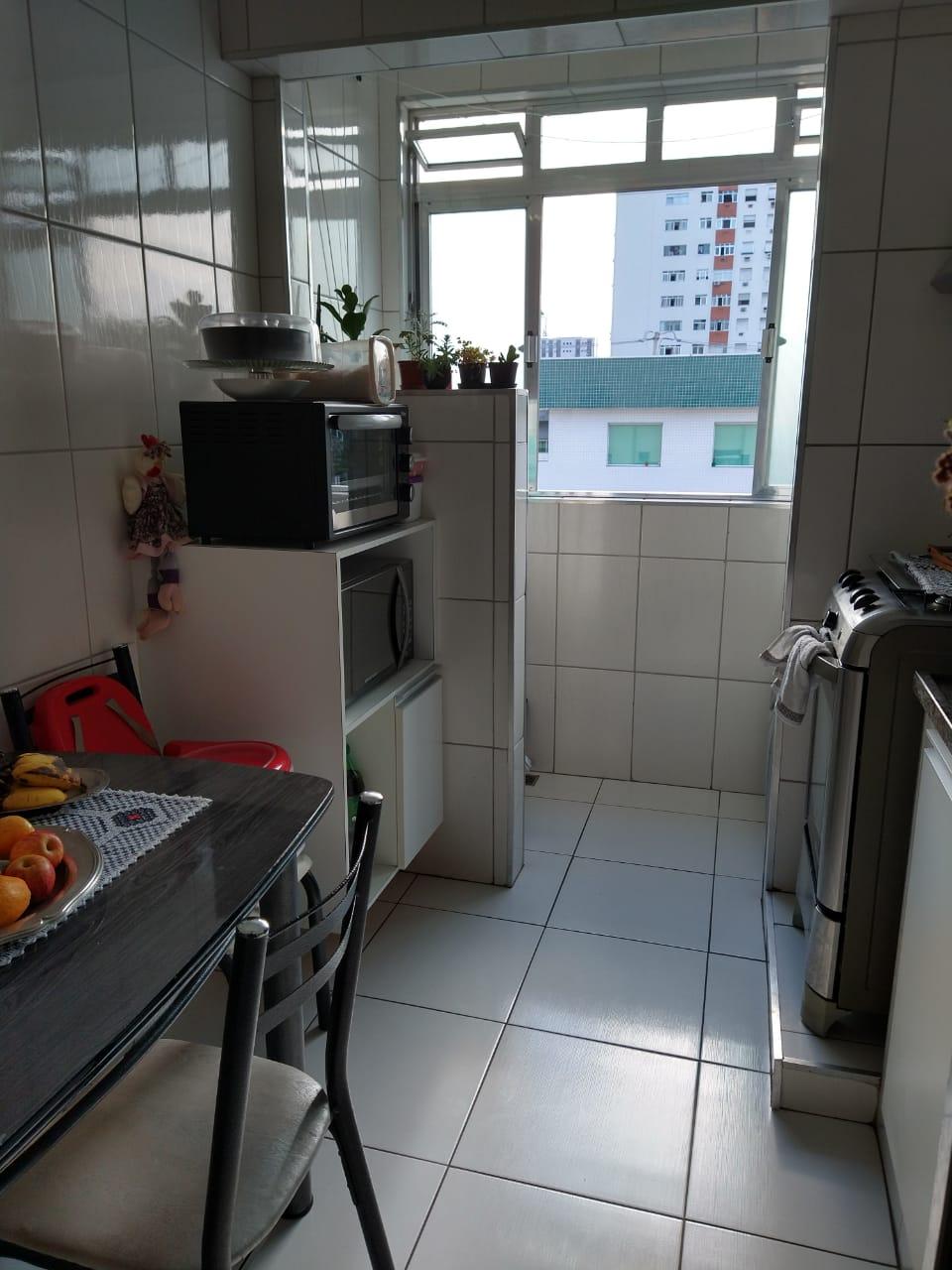 próximo ao canal 5 em prédio de 3 andares , bom apartamento totalmente reformado com 2 dormitórios . - foto 15