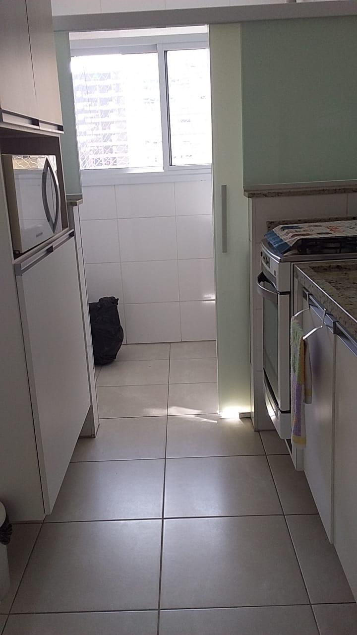 Gonzaga apartamento 2 dormitórios sendo 1 suíte, 78 metros de área útil. Sala 2 ambientes e varandas. - foto 2