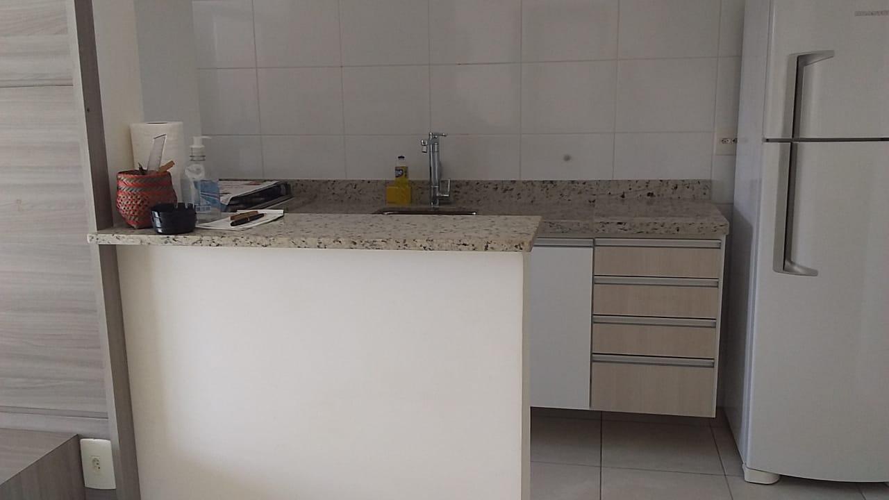 Gonzaga apartamento 2 dormitórios sendo 1 suíte, 78 metros de área útil. Sala 2 ambientes e varandas. - foto 5