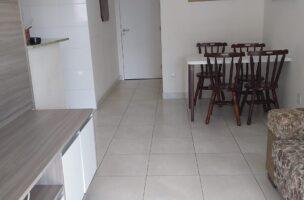 Gonzaga apartamento impecável 2 dormitórios sendo 1 suíte, Sala 2 ambientes e varandas mobilável.