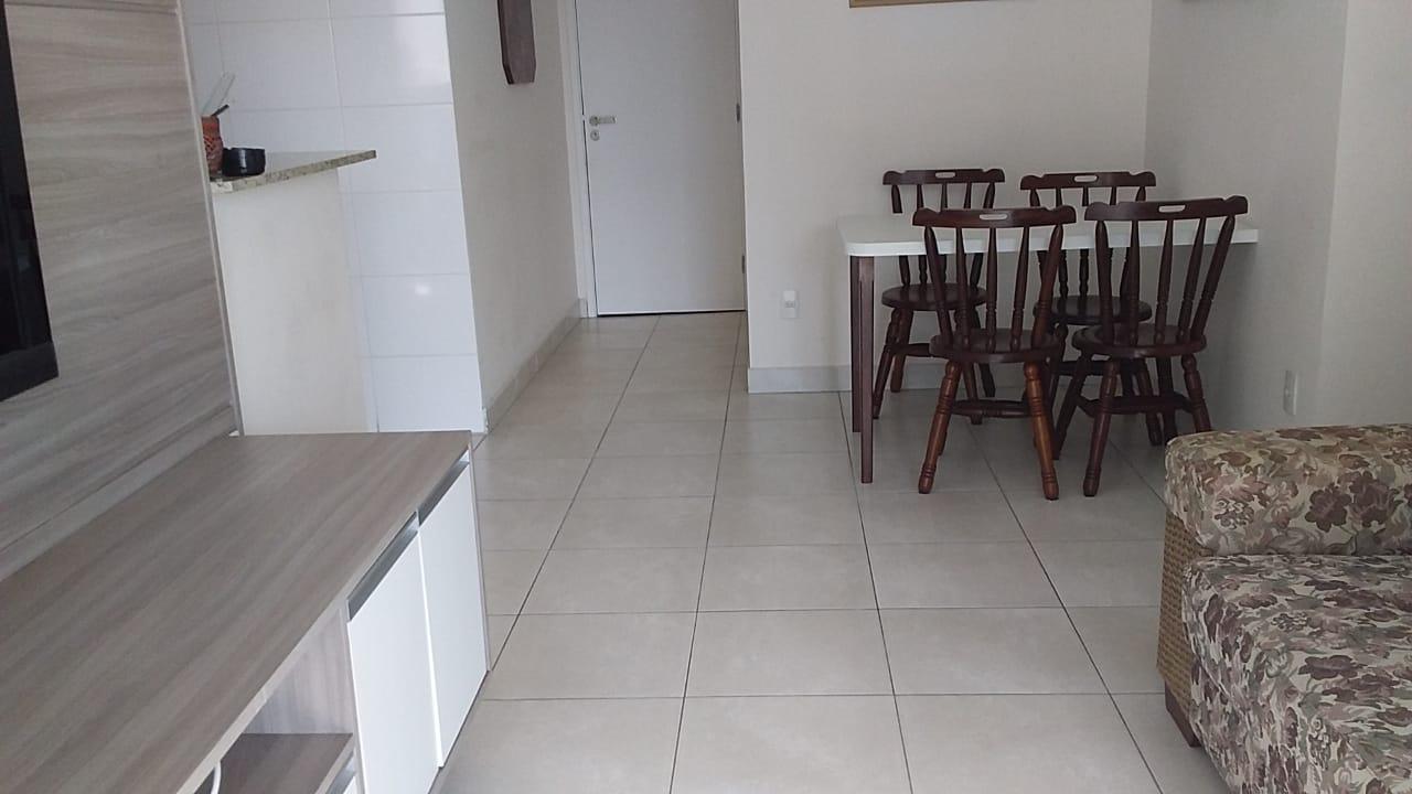Gonzaga apartamento 2 dormitórios sendo 1 suíte, 78 metros de área útil. Sala 2 ambientes e varandas. - foto 6