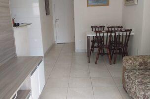 Gonzaga apartamento 2 dormitórios sendo 1 suíte, 78 metros de área útil. Sala 2 ambientes e varandas.