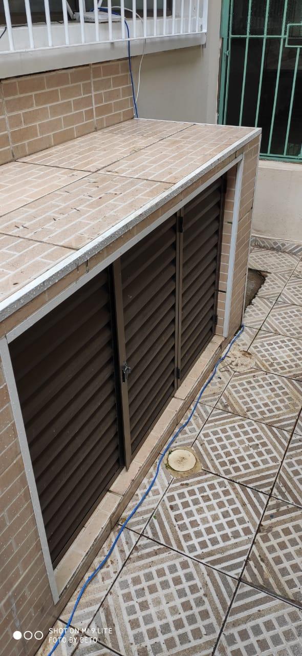 Ótima sobreposta térrea Embare 3 dormitórios 1 suíte garagem 1 auto. - foto 19