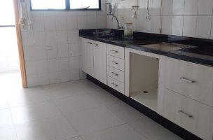 Apartamento 2 dormitórios com suíte próximo canal 4 e Afonso Pena elevador